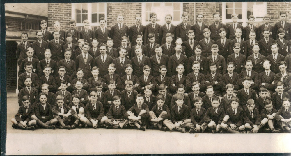panorama 1935 school photo far left