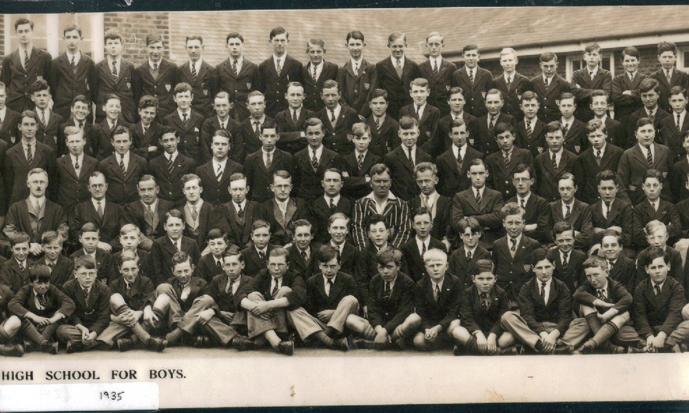 panorama 1935 school photo right centre