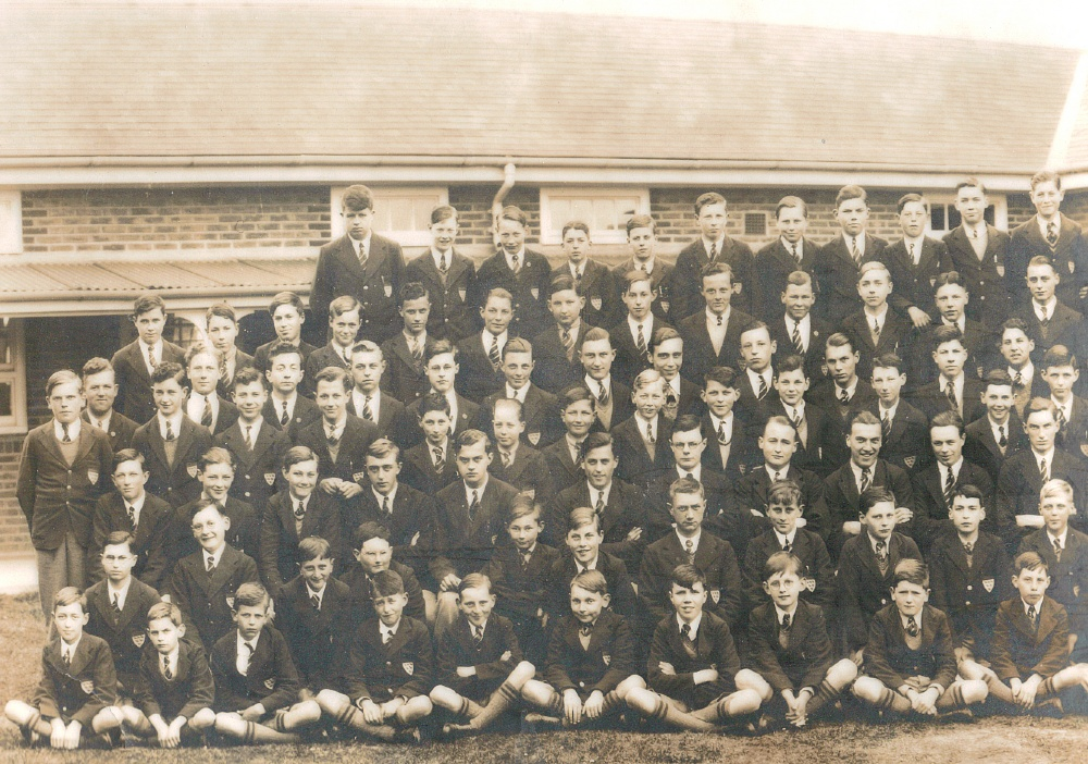 panorama 1938 school photo far left