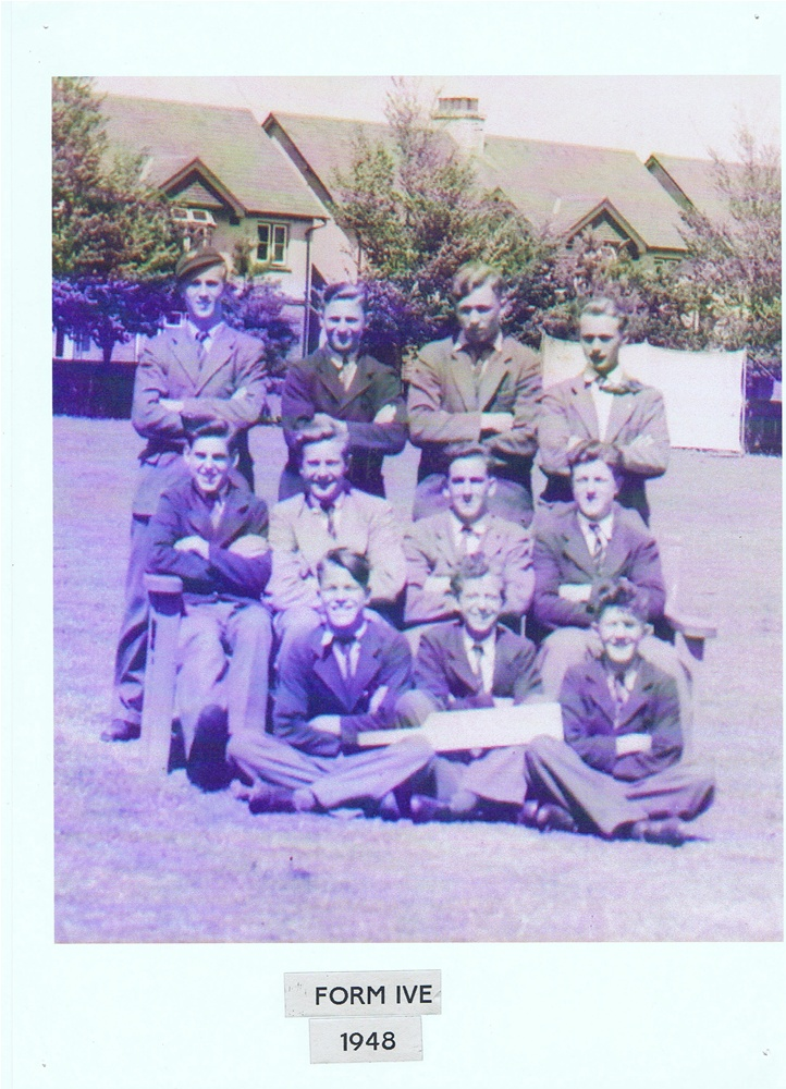 Form IV E Cricket Team 1948